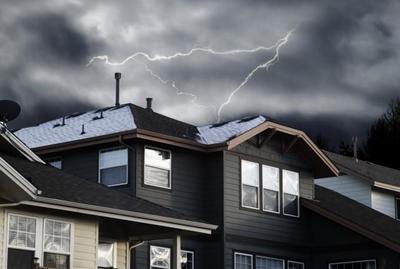 家でできる雷対策とは?他人事ではない雷の被害と備えについての画像