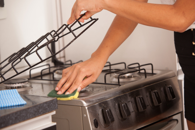 cooking-stove-cleaning.png